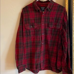 LIKE NEW!!! Black and red flannel SIZE: L